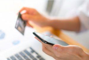 ecommerce diseño web el móvil para realizar compras en tiendas online